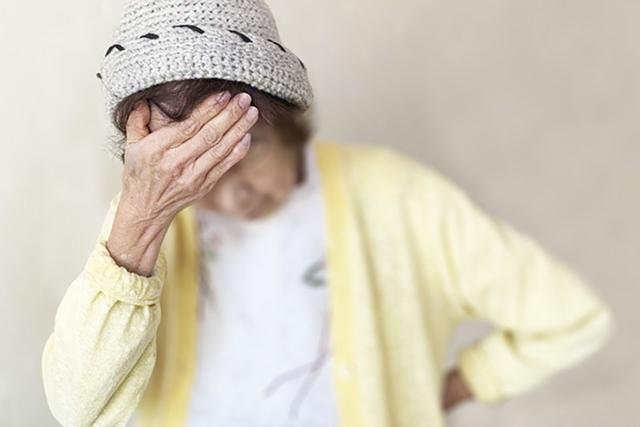 寒い時期の介護対策。健康リスクから高齢者を守るポイント