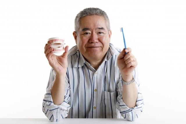 介護に必須の「口腔ケア」!正しい手順と、必要な口腔ケア用品を解説